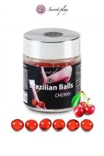 6 Brazilian Balls - cerise - La chaleur du corps transforme la brazilian ball en liquide glissant au parfum de cerise, votre imagination s'en trouve exacerbée.